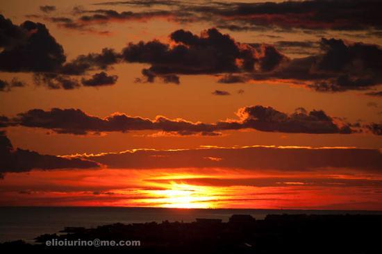 miracolo del sole nascente - Bari (5053 clic)