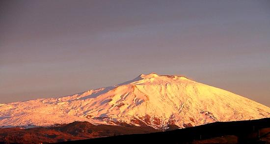 L'Etna vista da Maniace (3616 clic)
