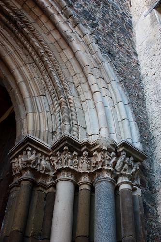 Castello Nelson Maniace. Particolare del portale (lato dx) (3054 clic)