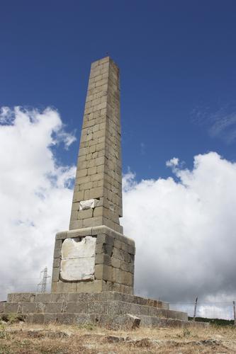Obelisco Nelson - Bronte (3667 clic)