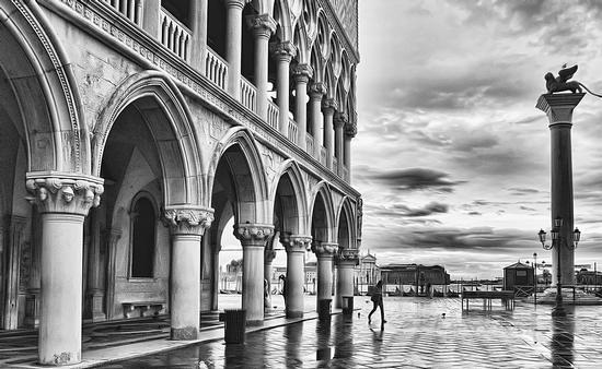 Piazza S. Marco - Venezia (4106 clic)