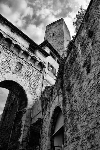 Arco di Becci - San gimignano (1484 clic)