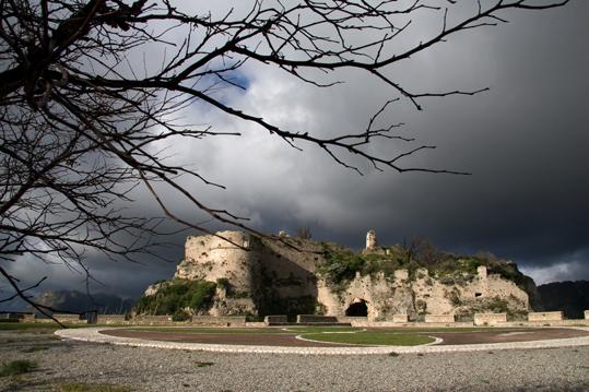 Castello normanno Gerace (5361 clic)