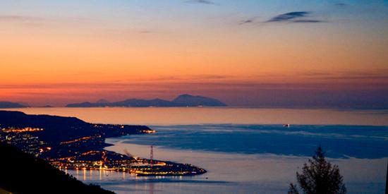 Tramonto sullo stretto - Messina (6314 clic)