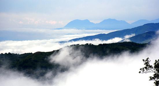 Valli nella nebbia - Fiumefreddo bruzio (931 clic)