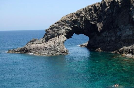 arco dell'elefante - Pantelleria (8201 clic)