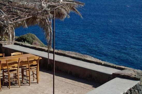 terrazza sul mare - Pantelleria (5904 clic)