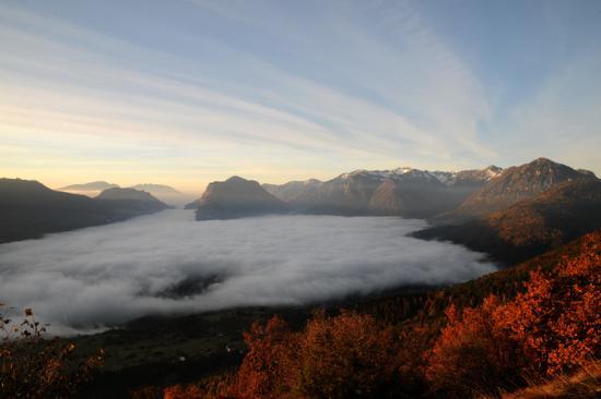 lago di nebbia sulle giudicarie esteriori - Stenico (2590 clic)