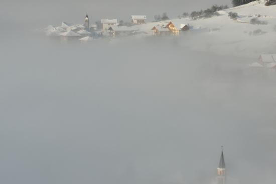 nebbia su Dolaso - San lorenzo in banale (934 clic)