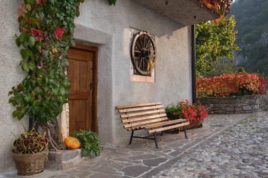 scorcio della frazione di Berghi - San lorenzo in banale (949 clic)