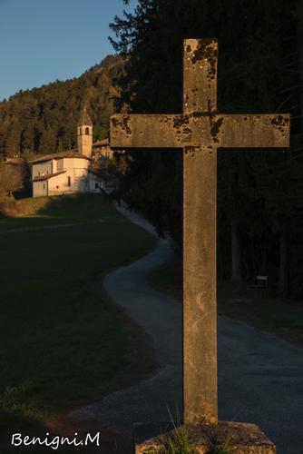 Segni religiosi  (fraz Seo) - Stenico - inserita il 11-May-15