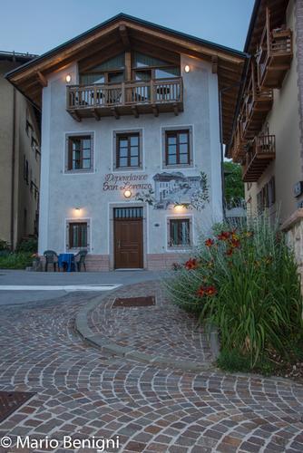 scorci del paese - San lorenzo in banale (476 clic)