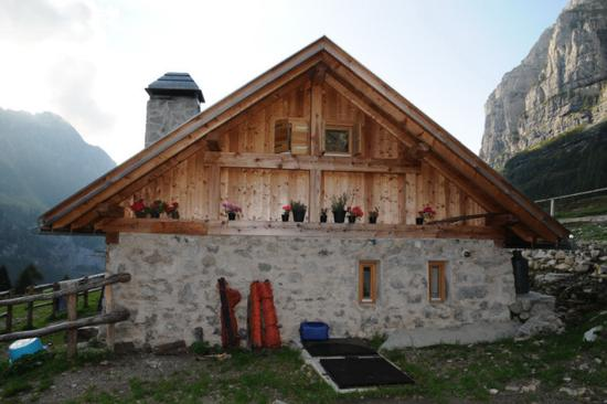 malga Senaso in val Ambiez - San lorenzo in banale (3130 clic)