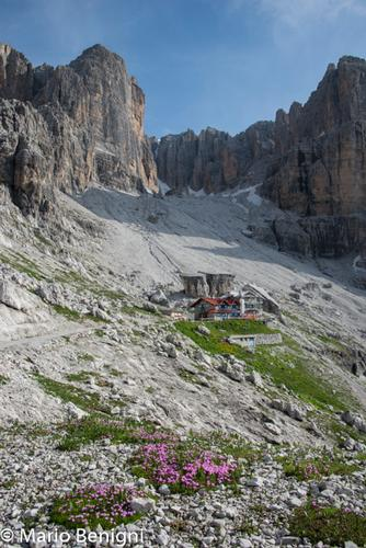 Val Ambiez  nei pressi di San Lorenzo in Banale (703 clic)