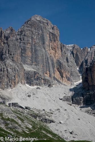 Val Ambiez  nei pressi di San Lorenzo in Banale (699 clic)