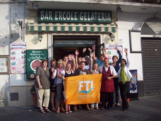 Gruppo-FTI-Saluta il Bar Gelateria Ercole! - Pizzo calabro (2030 clic)