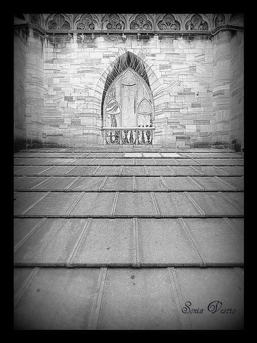 scalinata nel Duomo di Milano.. (729 clic)