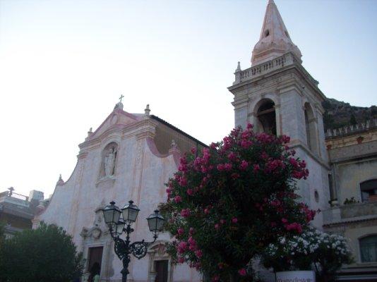chiesa - Taormina (2602 clic)