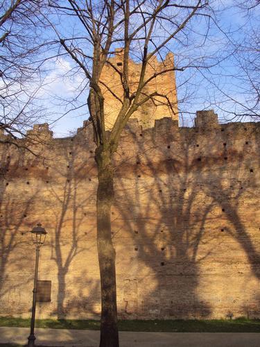 Sera sulla Fortezza - Reggiolo (1695 clic)