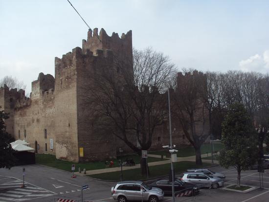 La Fortezza - Reggiolo (1742 clic)
