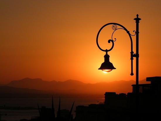 Al tramonto - Cagliari (3485 clic)