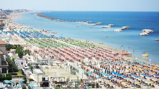 Spiaggia di RImini (6944 clic)