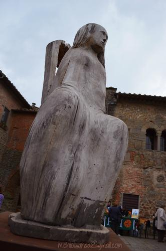 Buggiano Castello - La campagna dentro le mura (1128 clic)