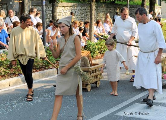 FESTA DELL'UVA A TRESCORE BALNEARIO - Gazzaniga (1396 clic)