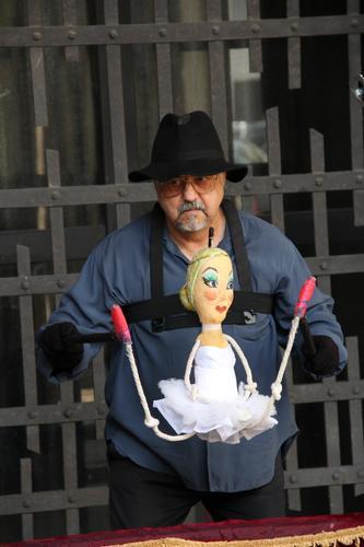 ARTISTI DI STRADA A BERGAMO - BERGAMO - inserita il 04-Jun-12