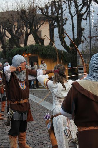 SFILATA MEDIEVALE A FIORANO AL SERIO (BG) 2011 - Gazzaniga (1247 clic)