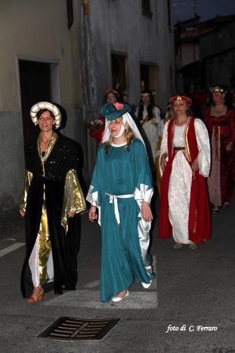 FESTA DELLE CONTRADE A GAZZANIGA (BG) (1095 clic)