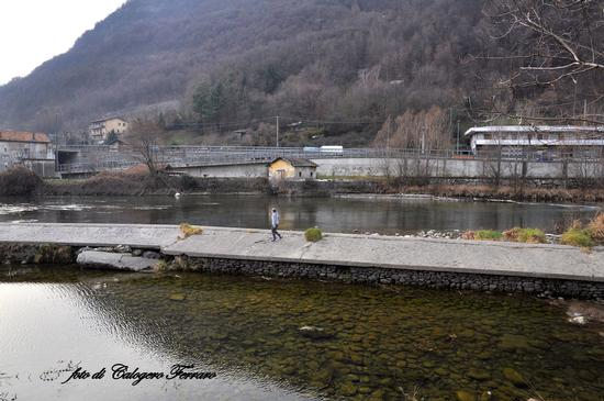 il fiume Serio a Cene (bg) - Gazzaniga (979 clic)