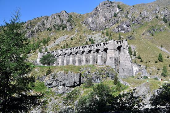 Ruderi della diga del Gleno - Vilminore di scalve (711 clic)