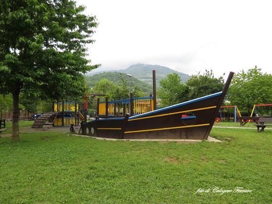 Parco giochi della Buschina a Fiorano al Serio (bg) - Gazzaniga (1090 clic)