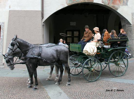 SFILATA DI CAVALLI 2012 A CLUSONE (BG) (1008 clic)