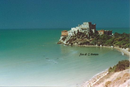 IL CASTELLO DI FALCONARA    2000 - Riesi (5290 clic)