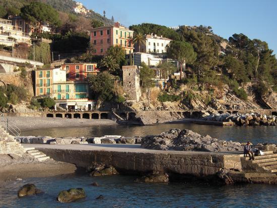 Zoagli Spiaggia-Molo e Passeggiata (4855 clic)