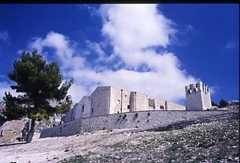 La Cattedrale - Caltabellotta (4658 clic)