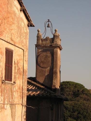 campanile - Ceri (1942 clic)