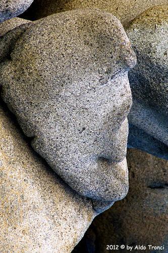 012/25. Golfo di Marinella: Graniti plasmati dal tempo, ovvero ... quando la natura si diverte - Porto rotondo (1422 clic)