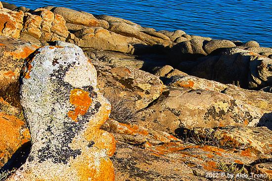 001/25. Golfo di Marinella: Graniti plasmati dal tempo, ovvero ...  quando la natura si diverte   - Porto rotondo (1429 clic)
