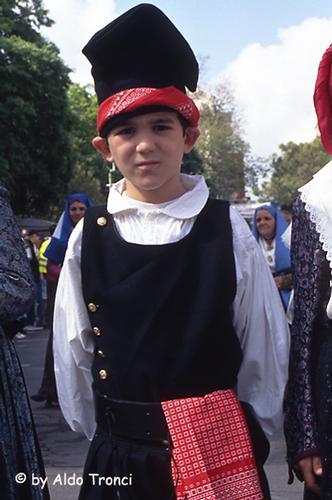 010/35. Sassari: la Cavalcata Sarda '2004 (1889 clic)