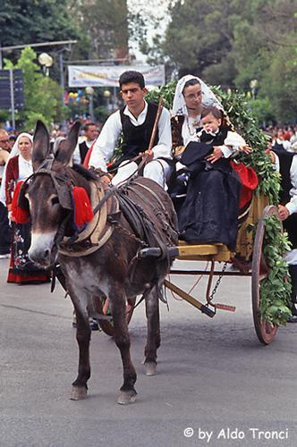 008/35. Sassari: la Cavalcata Sarda '2004 (1777 clic)