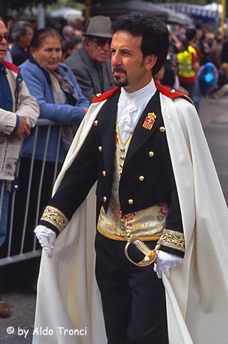 005/35. Sassari: la Cavalcata Sarda '2004 (1669 clic)