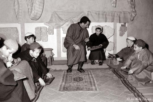 Un palcoscenico sulla scia di Bettlemme - Sesto al reghena (1973 clic)