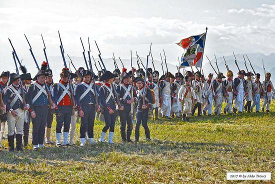 026/66. Armata napoleonica - Valvasone (238 clic)