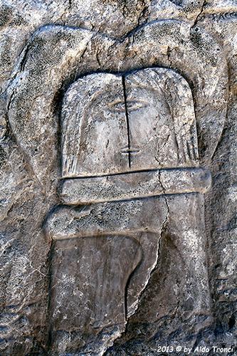 030/31 - Caorle: Sculture su pietra (586 clic)
