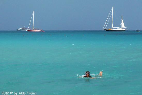 Marinella: una Finestra sul Golfo - PORTO ROTONDO - inserita il 29-Aug-12