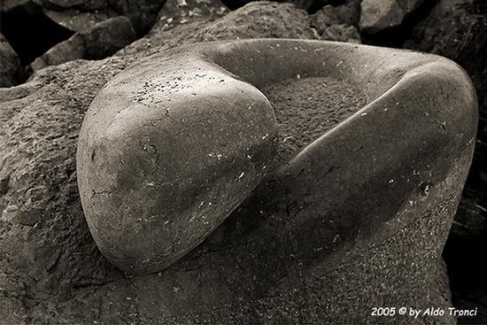 023/31 - Caorle: Sculture su pietra (653 clic)