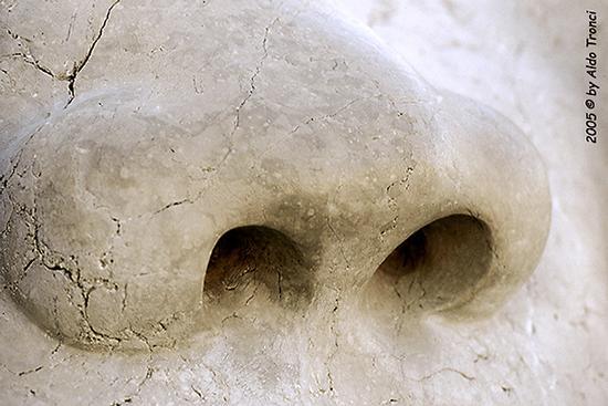 019/31 - Caorle: Sculture su pietra (492 clic)